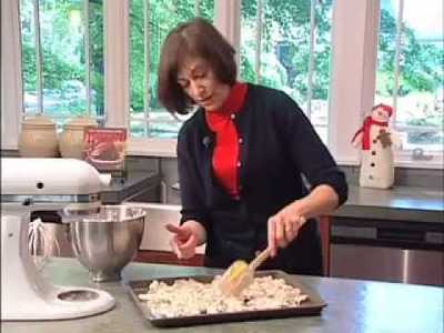 Candied Pecans -- Diane Morgan's Famous Christmas Recipe