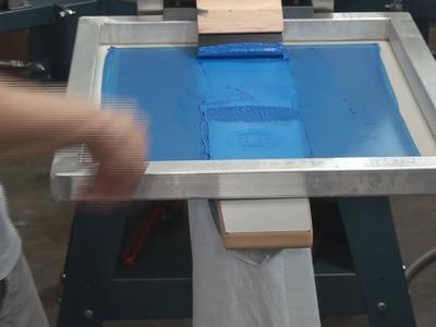 How To Screen Print: Tee Shirt Sleeve Printing Tips