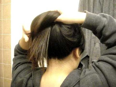 REUPLOADED quick+easy school hair: another messy bun