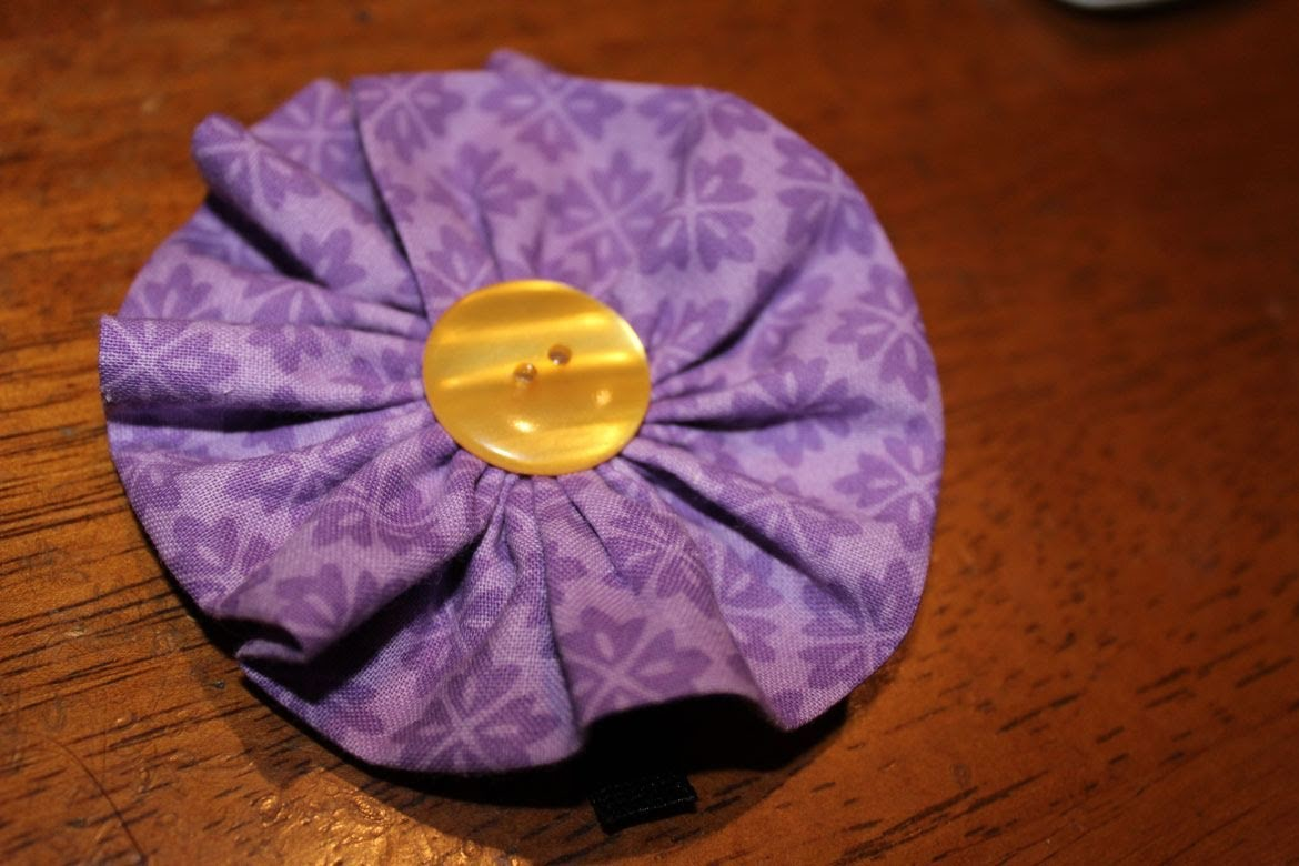 How To Make a Fabric Flower and Hair Clip