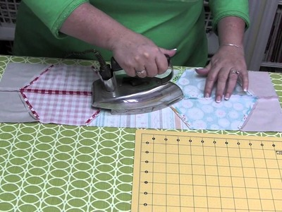 How to Use Lori Holt's Hexie Half Rulers - Fat Quarter Shop