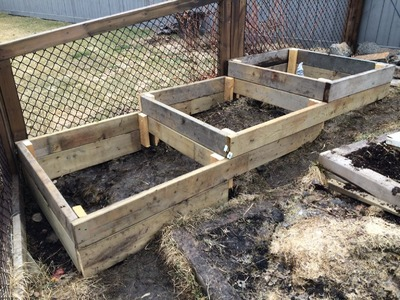 How to build Raised Garden Beds on a Slope or Hillside Easy, Simple and Free or Cheap
