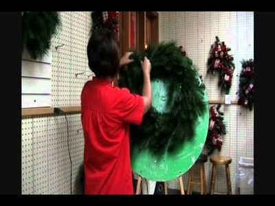 How to Light a Christmas Wreath