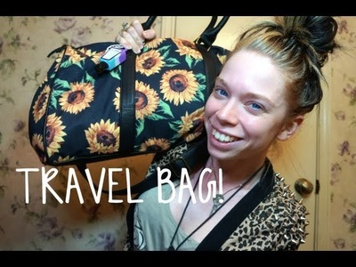WHAT'S IN MY TRAVEL BAG!