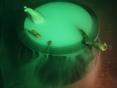 How to use Dry Ice to make fog for Halloween & other Easy Halloween Decorating Ideas