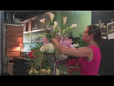 Wedding Floral Arrangements : How to Make a Tall Flower Arrangement