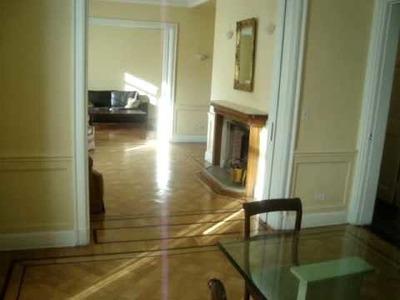 ***Beautiful Art Deco Apartment***