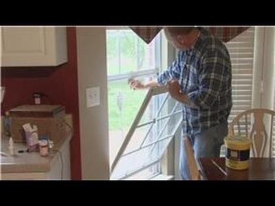 Home Improvement & Maintenance : How to Install New Window Screens