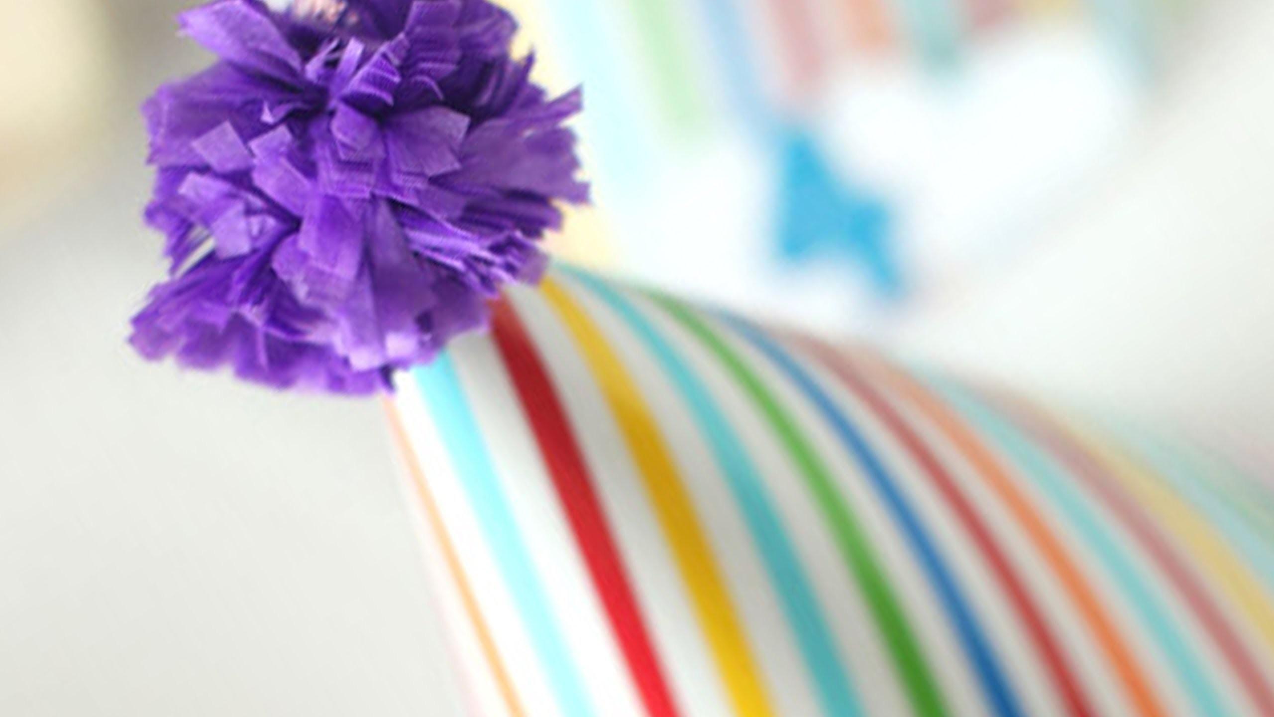 How to make a tissue paper pompom