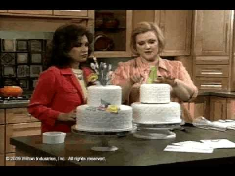 How to Make and Decorate a Perky Petals Tiered Cake by Wilton