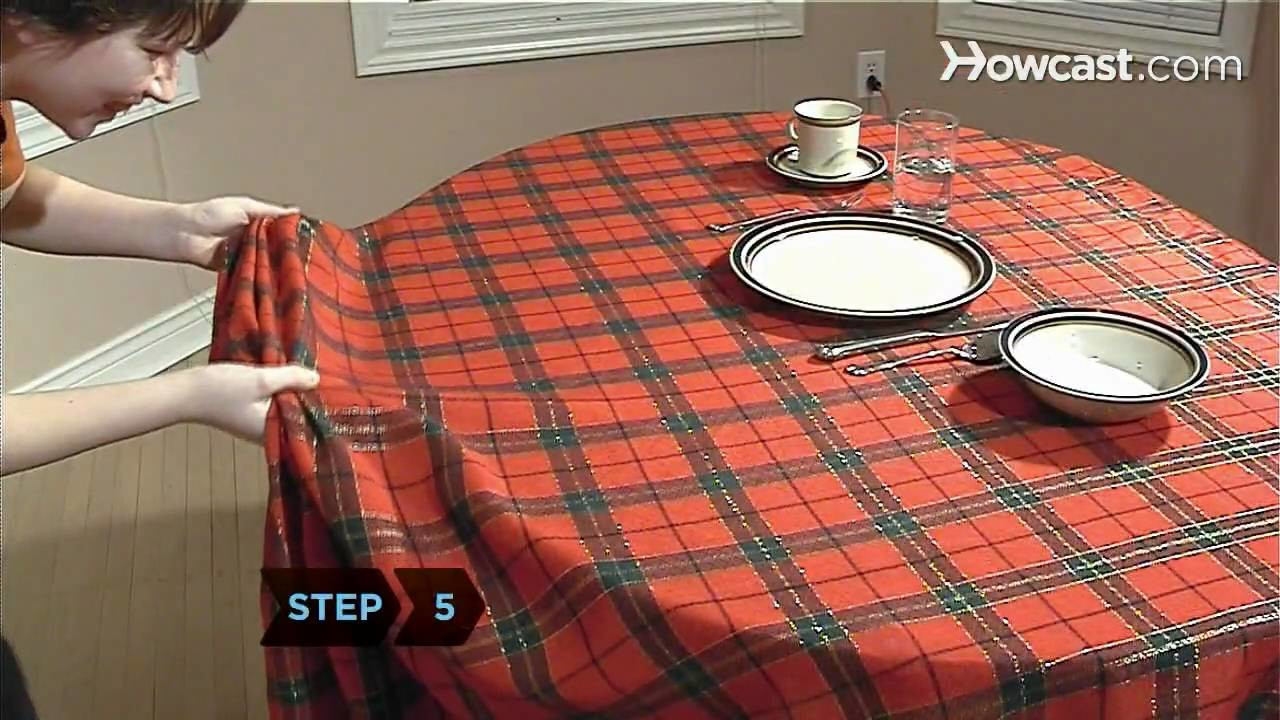How to Pull Off the Tablecloth Trick