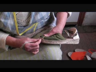 How traditional espadrilles are hand sewn in la Rioja, Spain ( alpargatas ) how to make espadrilles