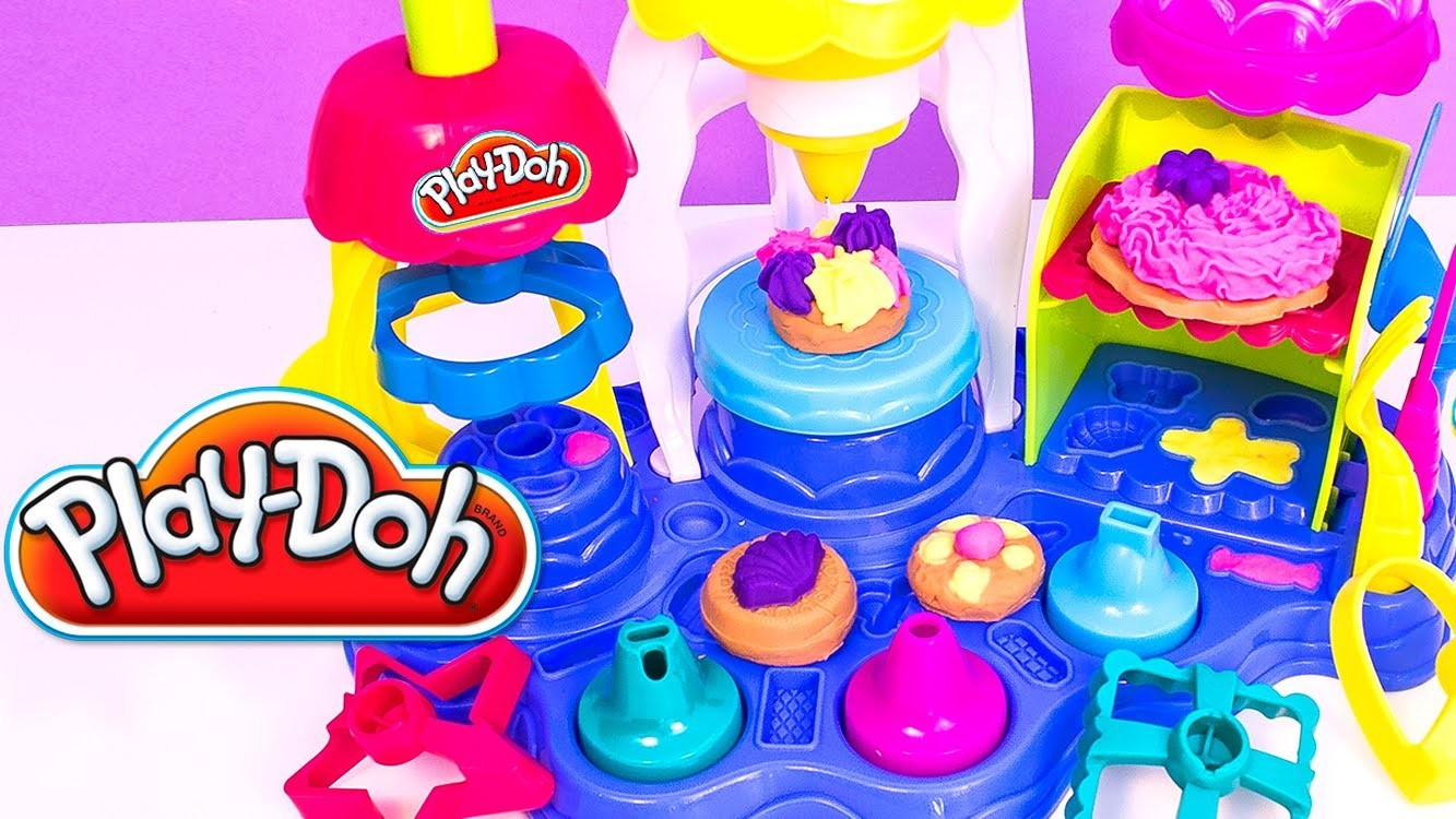 Play Doh Sweet Shoppe Frosting Fun Bakery How to Make Playdough Sweet Confections Hasbro Toys