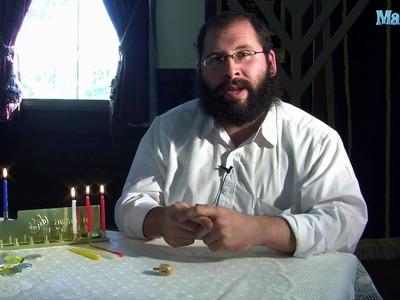 How to Play the Dreidel on Hanukkah