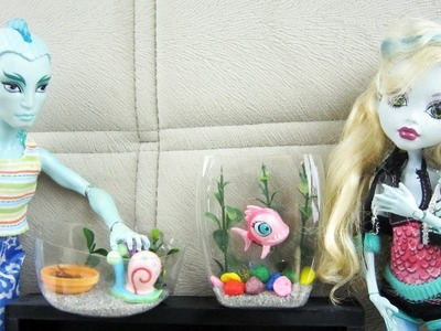 How to make a fish tank, terrarium or an aquarium for Monster High, Barbie dolls - Doll Crafts