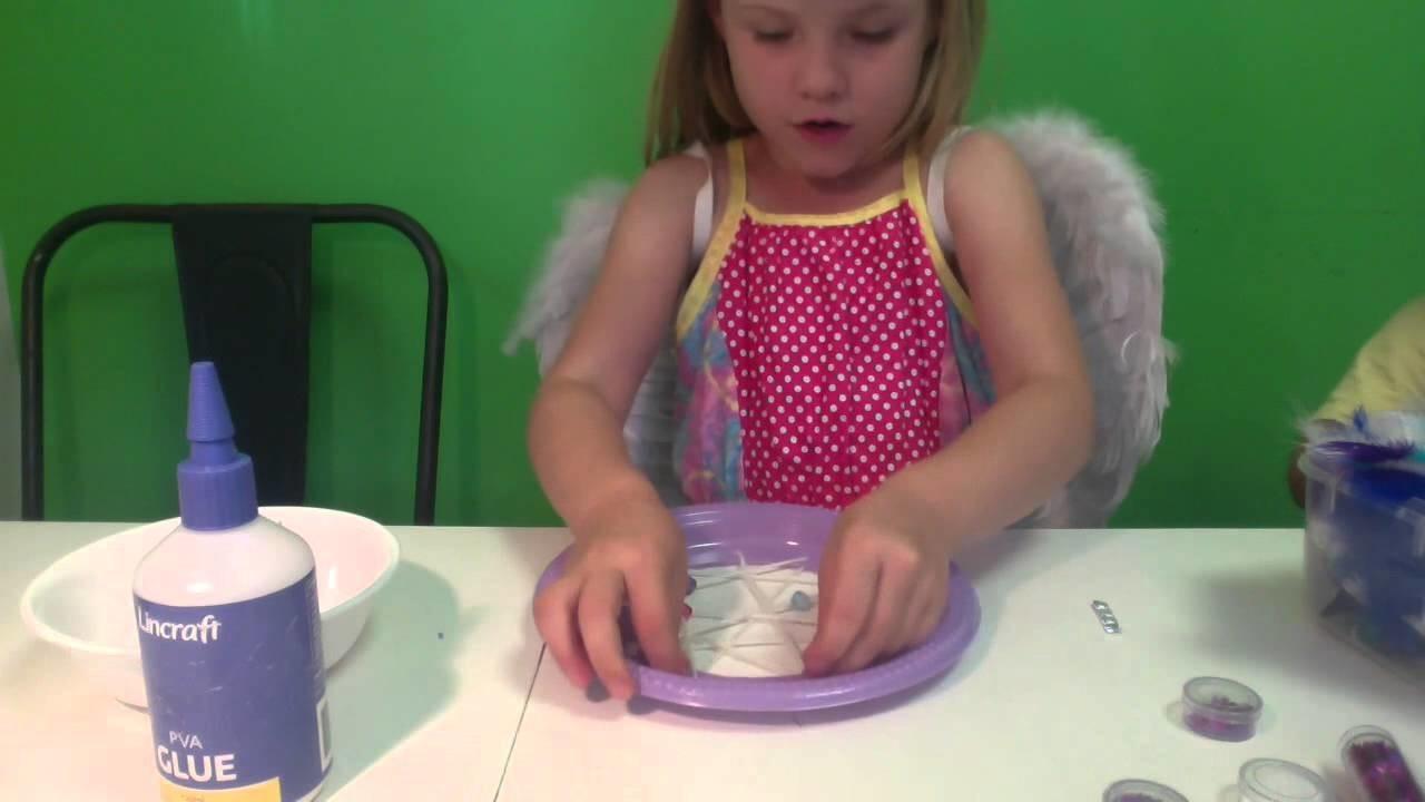 How To Make A Kids Dream Catcher (Kids Craft)