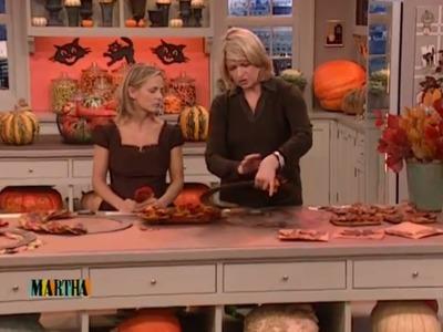 Autumnal Wreath How-To | Holiday Décor | Amy Sedaris | Martha Stewart