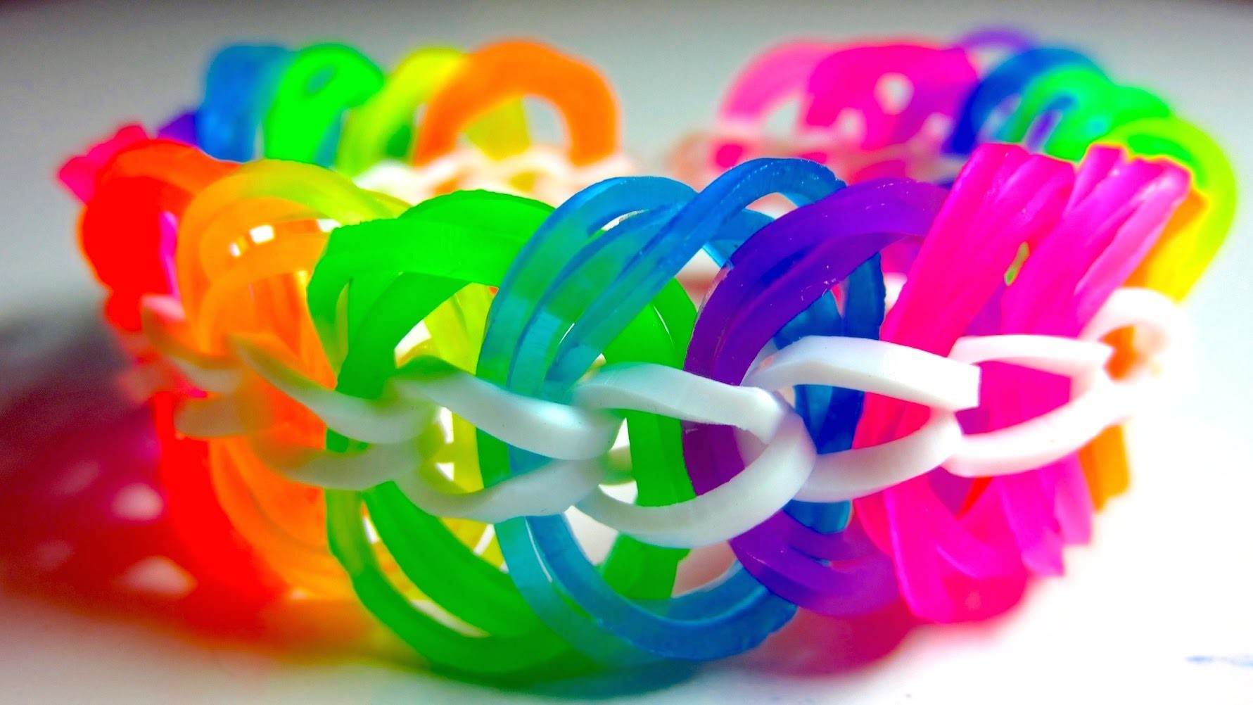 Rainbow Loom Bracelet Triple Link Chain without Loom. with Two Pencils EASY