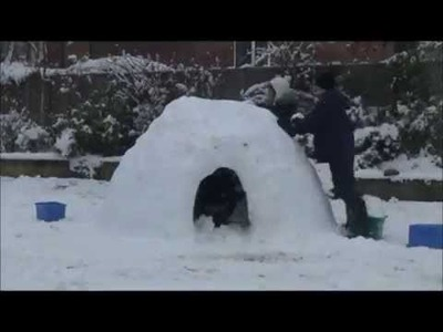 Best Igloo Ever: How to build an igloo!