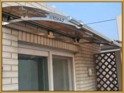 D.I.Y (Do It Yourself) type awning that anyone can set up and instal