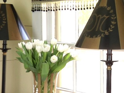 How to Decorate a Table Near the Front Door : Home Accessories & Decor