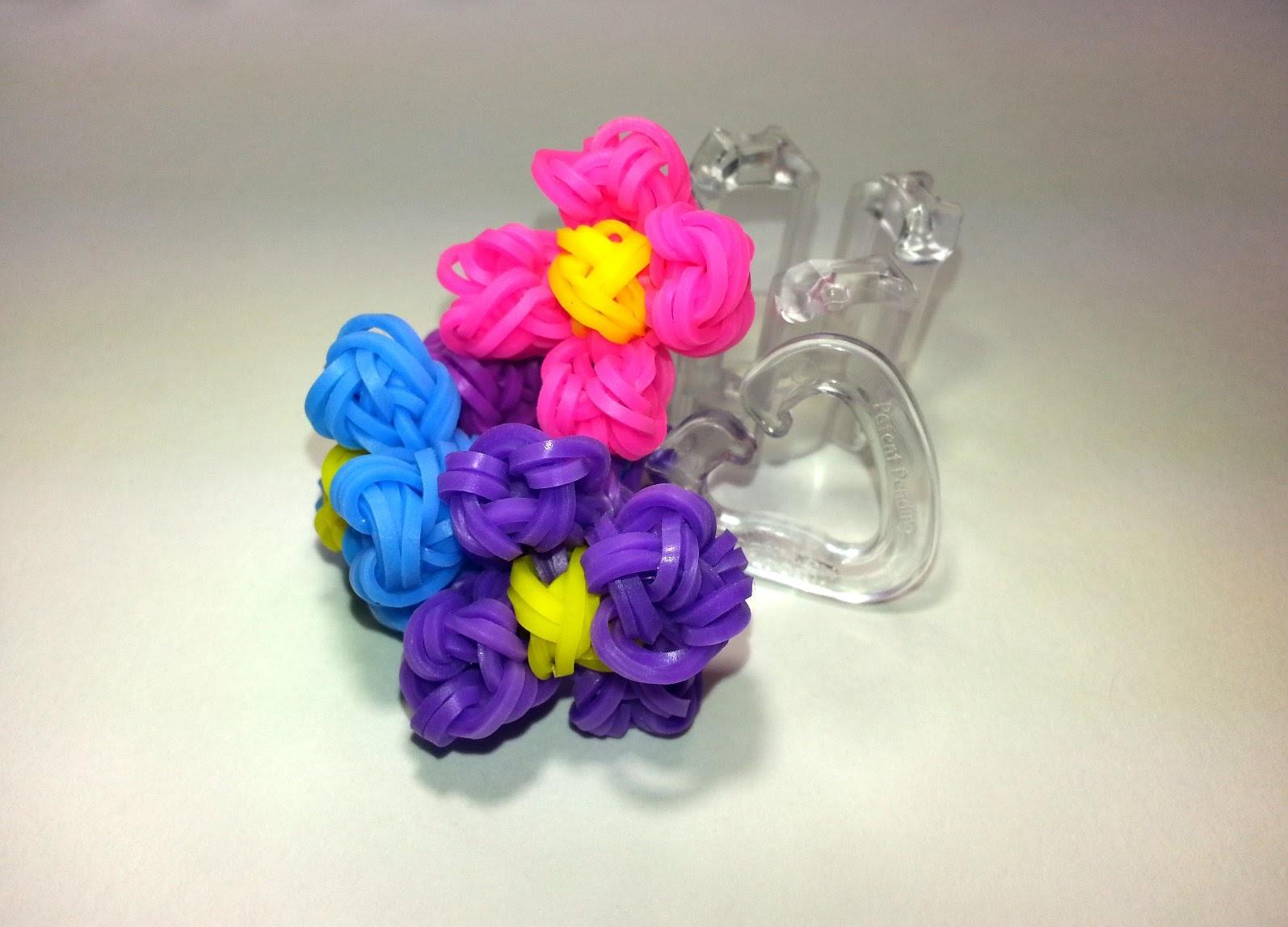 Finger Loom Flower. Review by feelinspiffy (Loom version too)