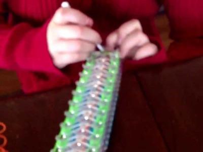 How to make a Lightsaver Rainbow Loom Bracelet