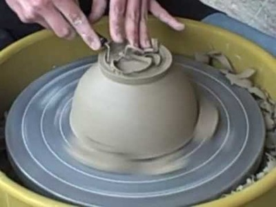 Ceramics for Beginners: Wheel Throwing - Trimming a Bowl with Emily Reason
