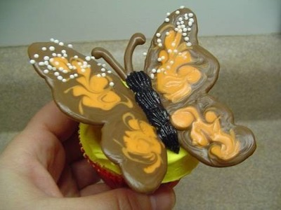 Decorating Cupcakes with yoyomax12: #4 Monarch Butterfly