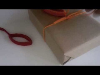 How to make a yarn gift tag or decoration - recycling project