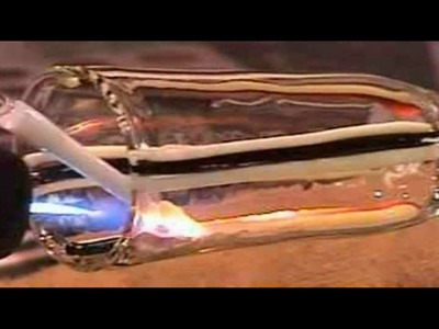 Glass Blowing - Laying Color in glass tubing - Close up - Glass4Life
