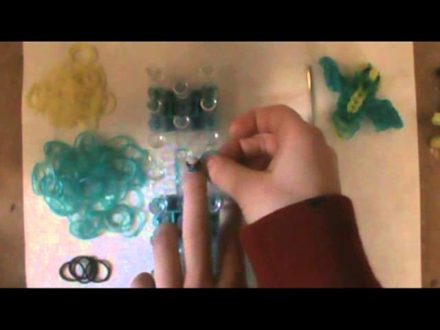 How to make a bird on the rainbow loom Part 1