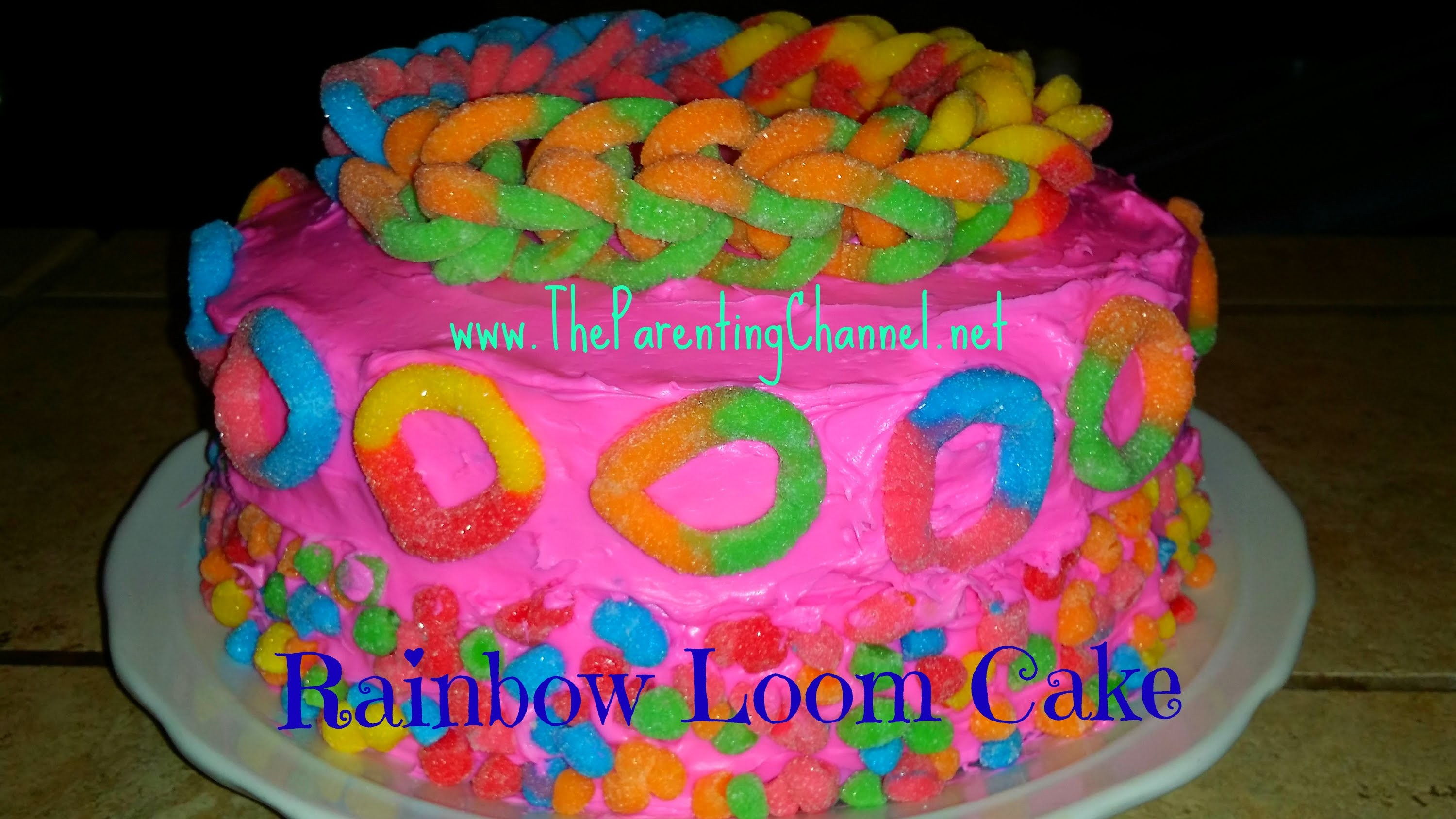 How to Make RAINBOW LOOM CAKE *Holiday Ideas*