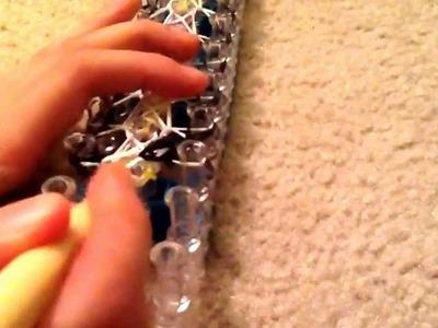 How to Make the Rainbow Loom Arrow Stitch (1 Loom Needed)