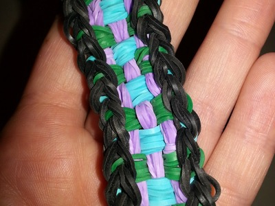 "TWO Loom ""Long Checkerboard"" Bracelet Tutorial by feelinspiffy (Rainbow Loom)"