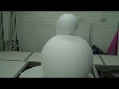 Making a 3D snowman in polystyrene