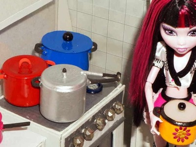 How to make cookware (pressure cooker, pans and pots) for doll (Monster High, Barbie, etc)