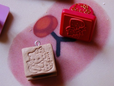 Hello Kitty Cookie Sandwich: Polymer Clay (stamping method)