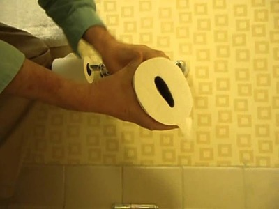 How To Steal Toilet Paper from a Hotel Room - Toilet Roll Theft