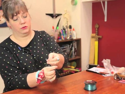 How to Hang Christmas Ball Ornaments on Fishing Line : Cute Crafts