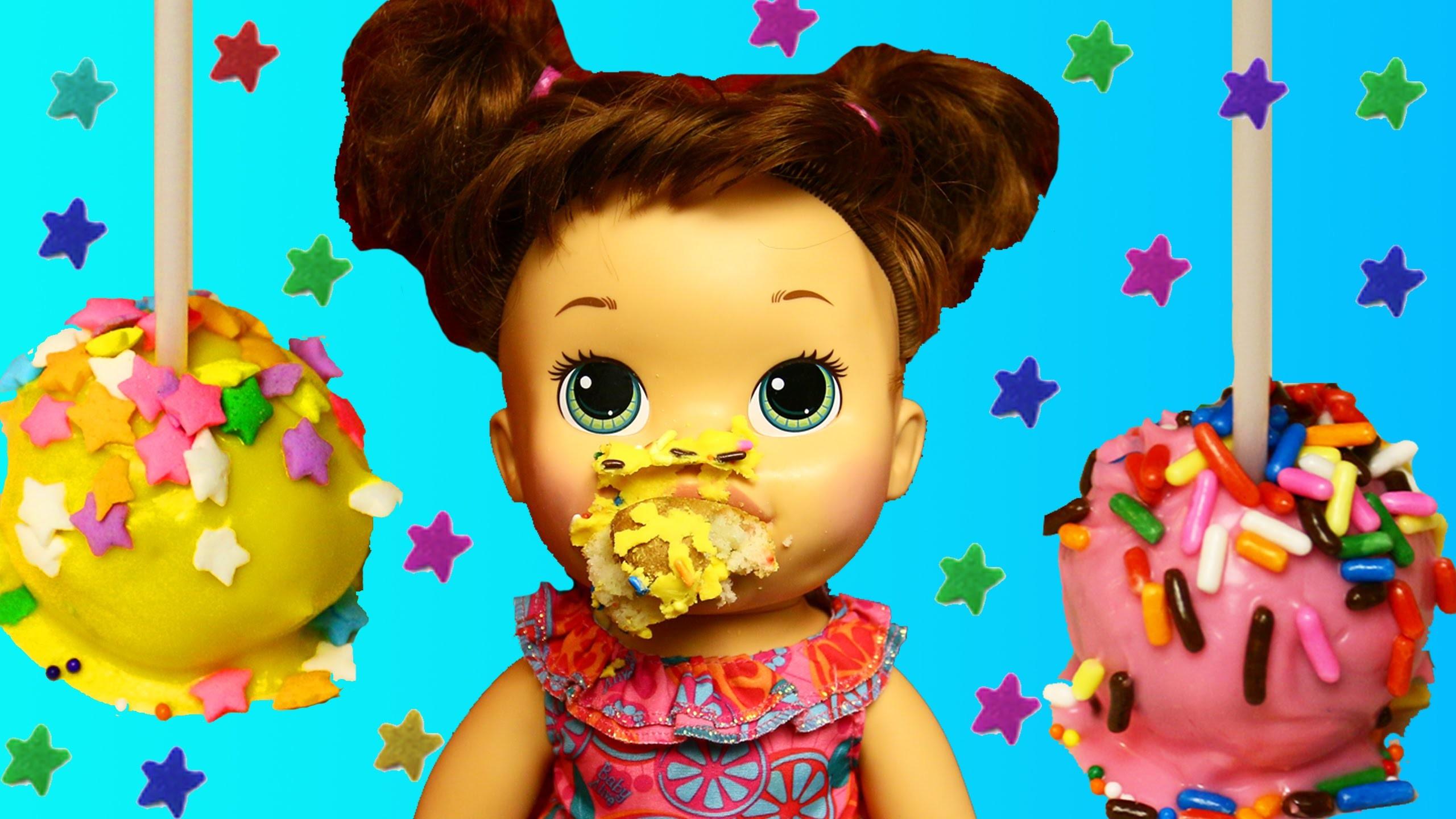 Baby Alive Dolls Makes CAKE POPS With DIY Cake Maker + Chocolate & Sprinkles DisneyCarToys