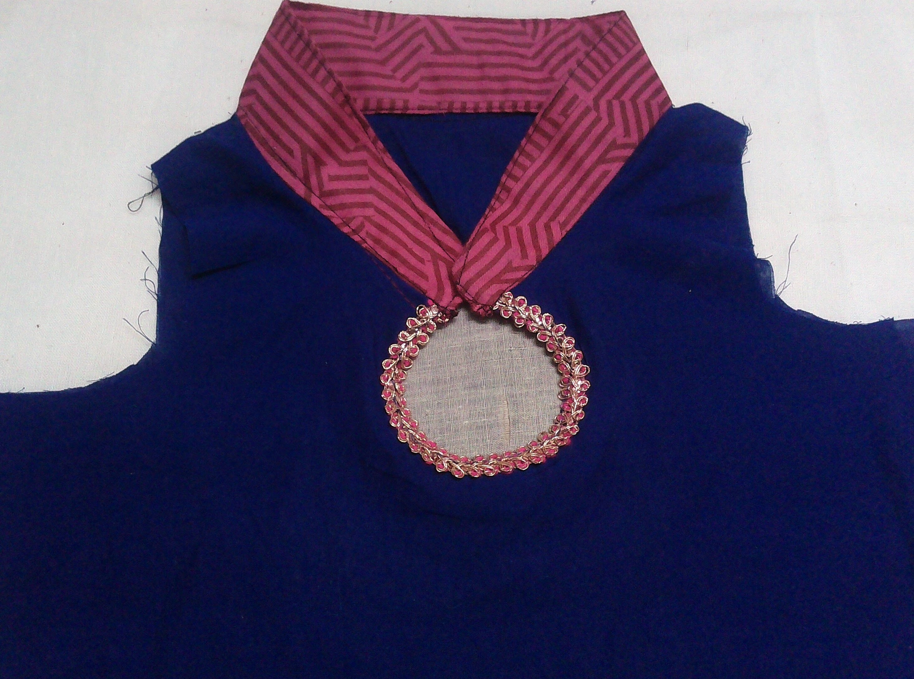 Chinese Collar Cutting and Stitching (DIY)