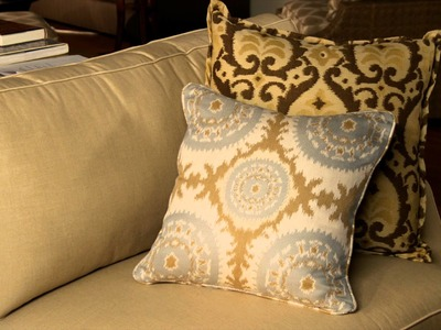 Decorating Ideas: How Pillows Can Change a Room