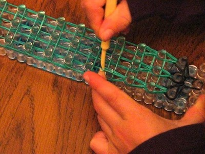 How to Make a Lizard using Rainbow Loom - Part 2