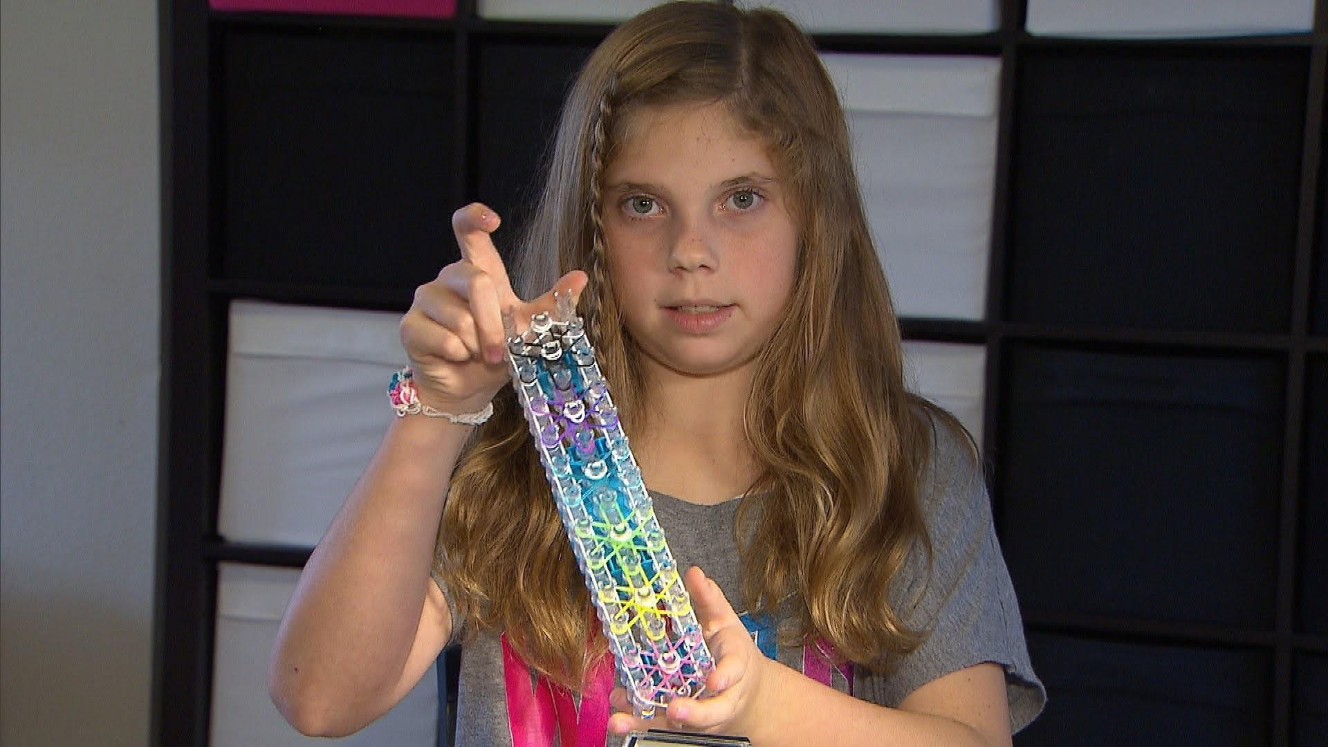 How To Make a Rainbow Loom Starburst Bracelet by Jillian
