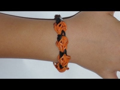 How to Make a Pumpkin Rubber Band Bracelet on a Rainbow Loom for Halloween
