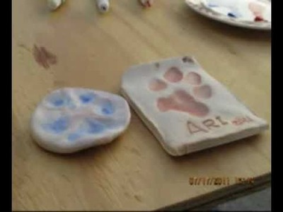 How to make dog footprint with Ari
