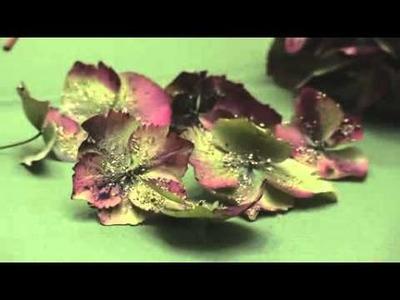 Kirstie's Handmade Christmas - How To Make A Wreath