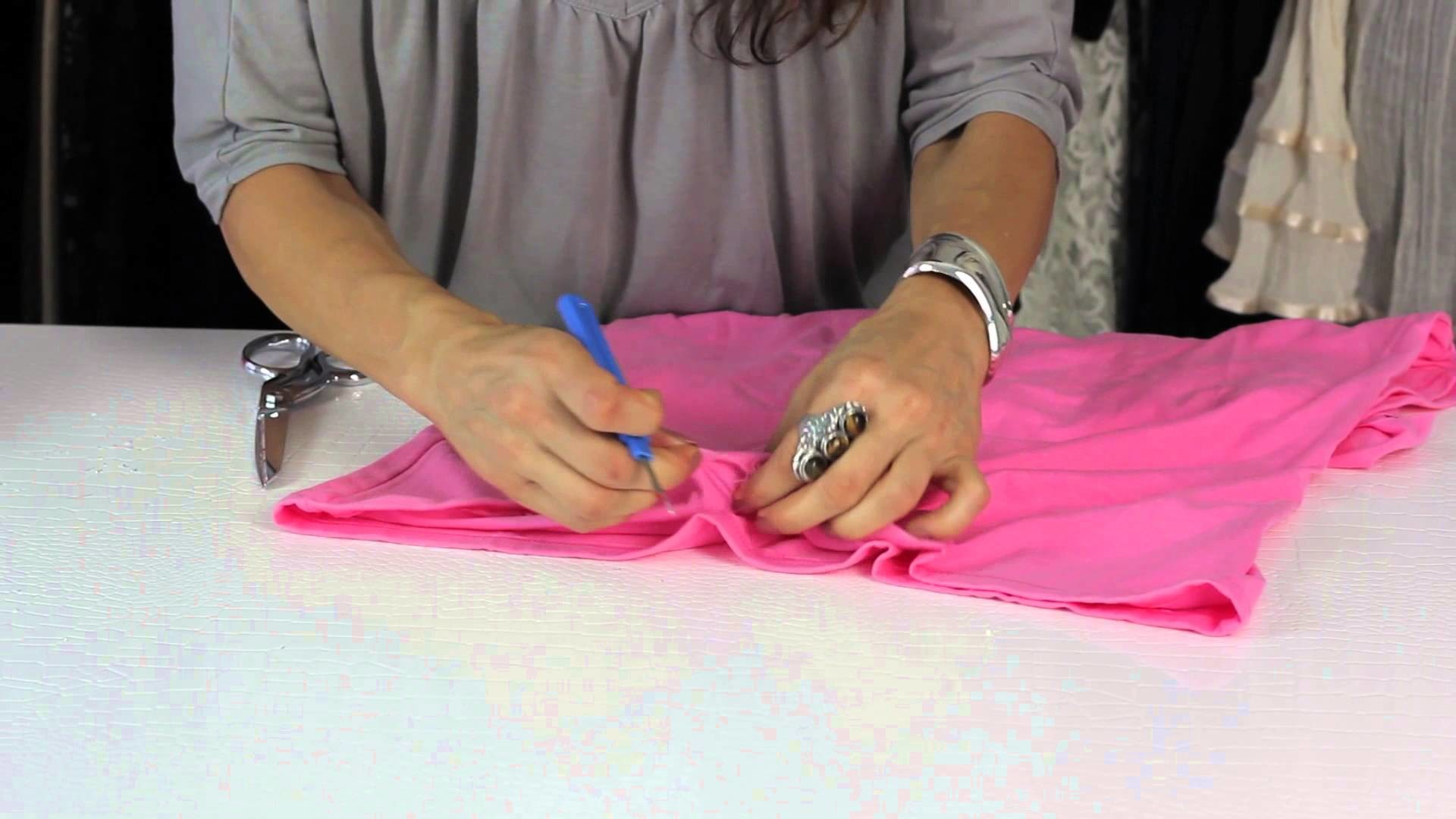 How to Cut the Hem of a Shirt : Style Savvy