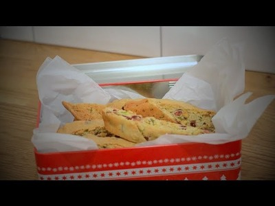 Christmas gift idea: Cranberry, pistachio and orange biscotti!